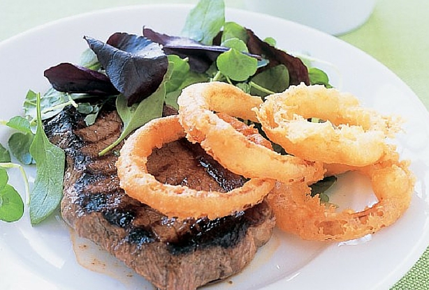 100% Black Angus Rump Steak with Onion rings